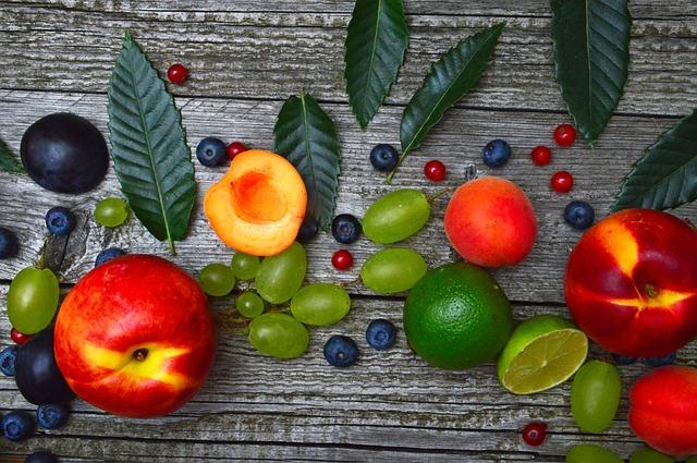 Dlaczego dzieci powinny jeść warzywa i owoce?