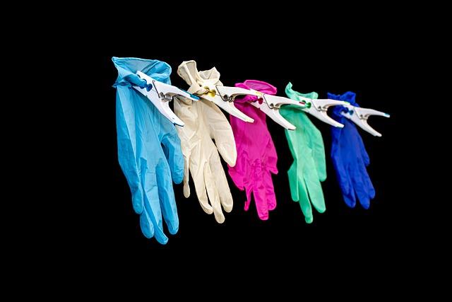 Jak wybrać odpowiednie rękawice ochronne?