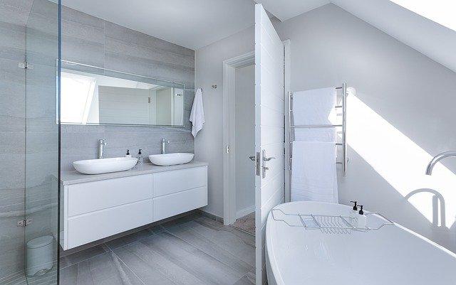 Najlepsza alternatywa dla płytek w łazience