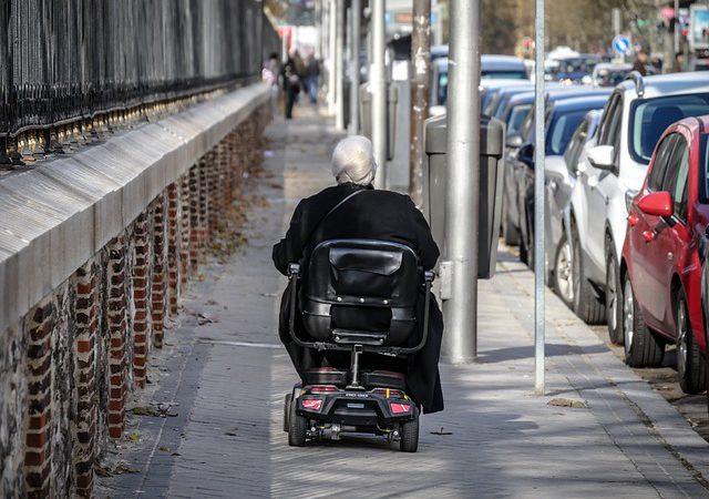 Udogodnienia dla niepełnosprawnych. Jak przystosować dom?