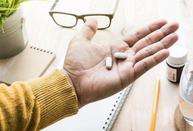 Na ból i gorączkę – paracetamol czy ibuprofen?